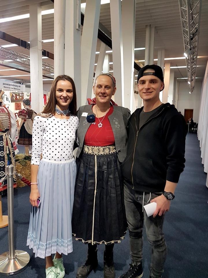 706f823dba7b Plisované sukne poznali už babky na dedine. Súrodenci z Prešova z ...